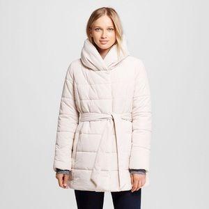 Target NWT light beige puffer jacket